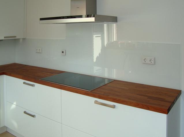 Keuken Glazen Achterwand : Glazen keuken achterwand nodig? buys glas